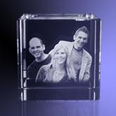 3d Glazen Kubus.Kubus Foto 2d In Kristal Glas Uw Foto 2d Of 3d In
